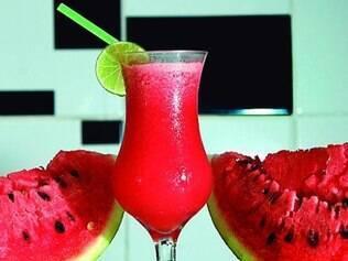 O suco ainda tem poucas calorias, 71 por copo, e é rico em vitaminas