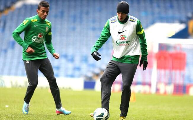 Assim como Dante, Luiz Gustavo também vai  defender o Brasil na Copa das Confederações