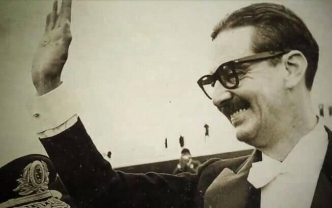 Presidente do Brasil ã época, Jânio Quadros também teve conflito com os franceses no episódio conhecido como Guerra das Lagostas