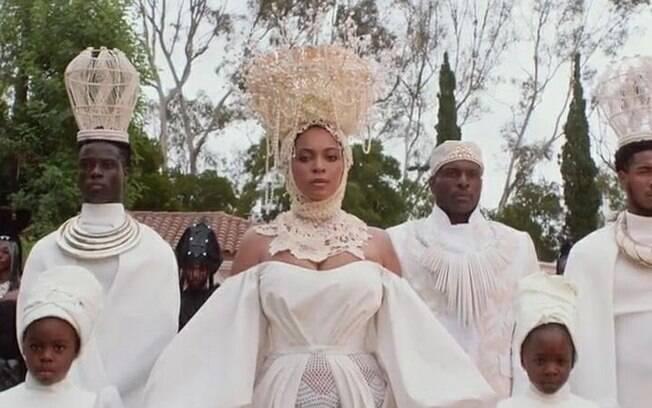 Record é acusada de racismo por associar Beyoncé à magia negra