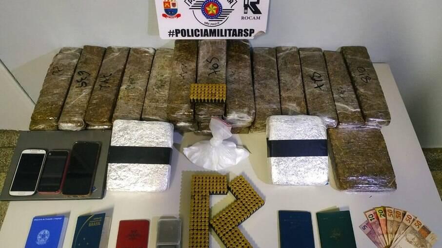 Maconha, cocaína e munições foram localizadas na casa onde Rafael residia, na Vila Geni, em Presidente Prudente