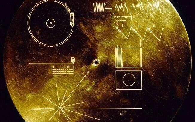 Discos de Ouro da Voyager foram enviados para o espaço a fim de criar linguagem universal e apresentar vida humana