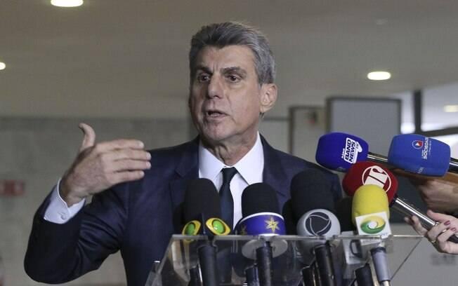Romero Jucá se encontrou com Jair Bolsonaro para discutir o apoio do MDB à reforma da Previdência