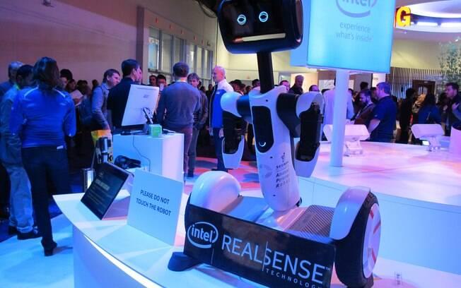 277e404491a Relógios inteligentes alavancam crescimento do setor de dispositivos ...