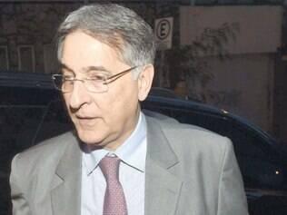Fernando Pimentel deve anunciar o secretariado por meio de nota