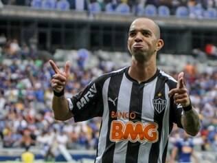 Tardelli celebra gol marcado sobre o Cruzeiro, no último domingo