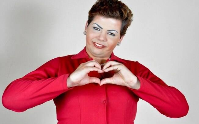 Gustavo Mendes caracterizado como Dilma