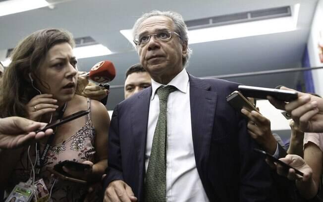 Presente durante toda a campanha eleitoral de Bolsonaro, Paulo Guedes assumiu, nesta terça-feira (2), o comando do Ministério da Economia