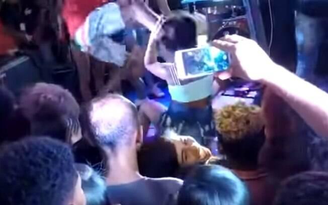 Caso aconteceu durante show do cantor 'O Poeta' em casa na Bahia