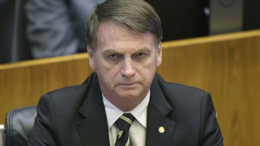 Bolsonaro possui menor apoio da direita na internet desde 2019, diz levantamento