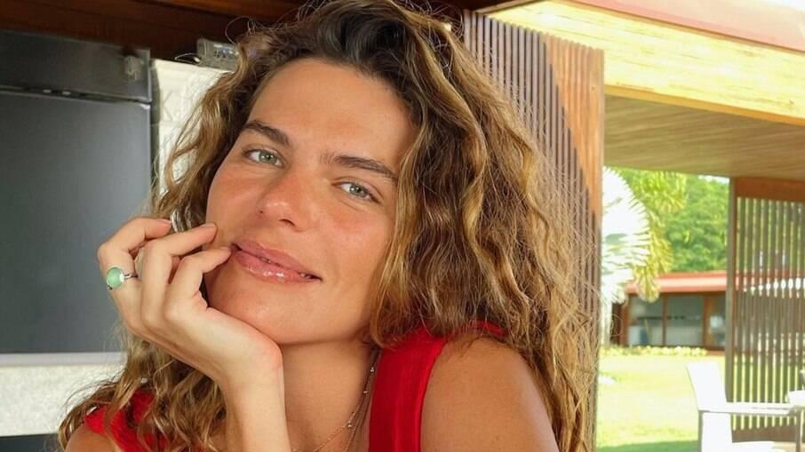 Mariana Goldfarb não gostou de ter preenchimento nos lábios