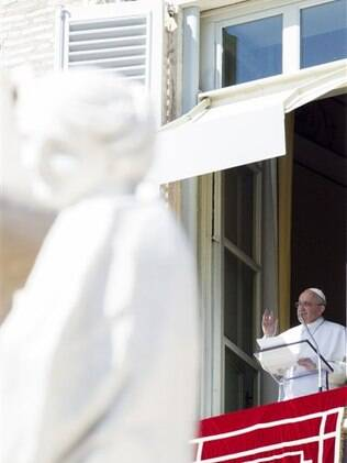 Papa Francisco durante o Angelus no Vaticano