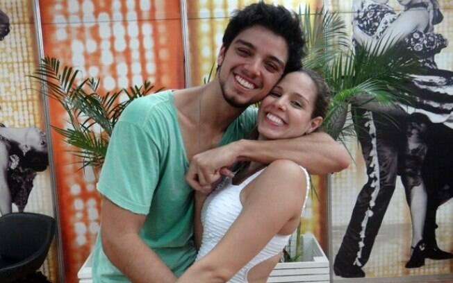 Rodrigo Simas e Raquel Guarini