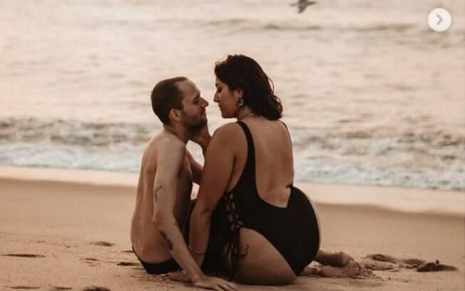 A fotógrafa Cheyenne Gil quis desconstruir o estereótipo de casal de que a mulher deve sempre ser menor que o homem