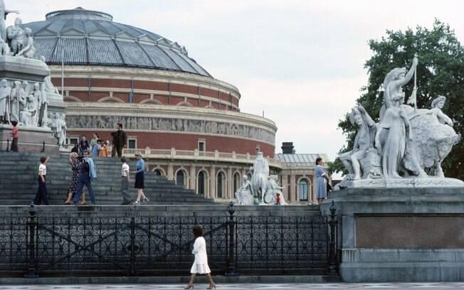 O Albert Hall é o mais tradicional teatro de Londres, construído no século 18