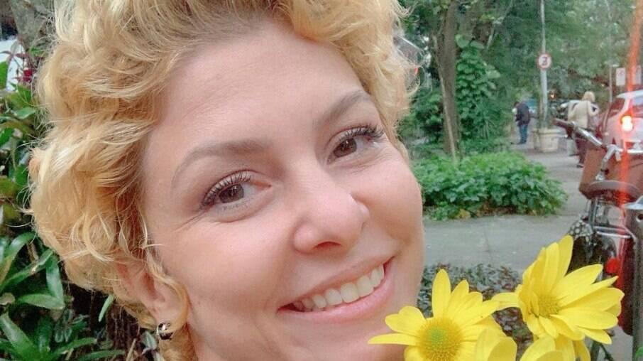 Bárbara Borges fala de alcoolismo