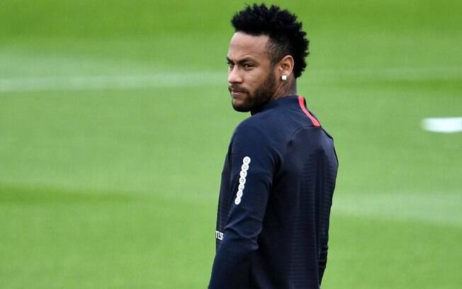 Neymar ficou no PSG