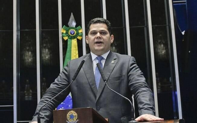 Eleito como novo presidente, Alcolumbre ainda não conseguiu instalar o órgão na casa