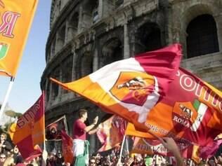 Torcedores já chamam o estádio de Coliseu Moderno