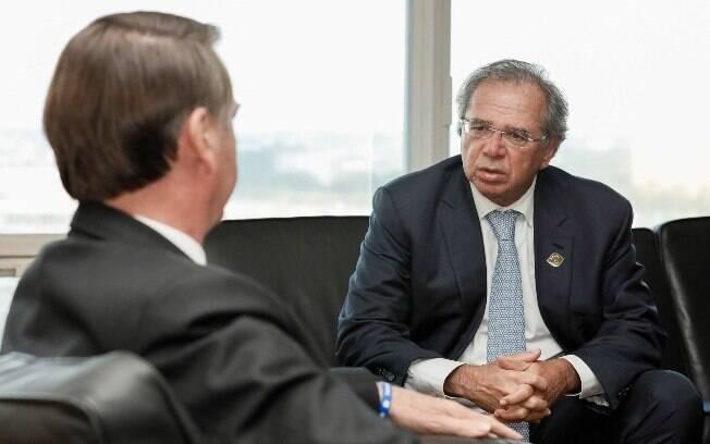 Paulo Guedes já defendeu que a simplificação começasse por tributos federais, ao contrário do que propõe a PEC do centrão