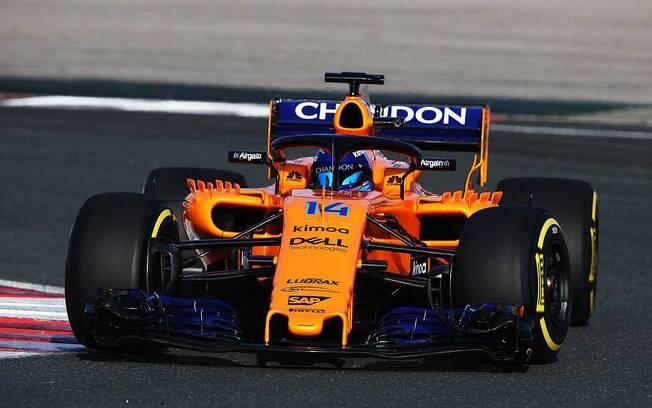Fernando Alonso, aos 34 anos, realizou testes em Barcelona e promete uma boa temporada com o novo McLaren