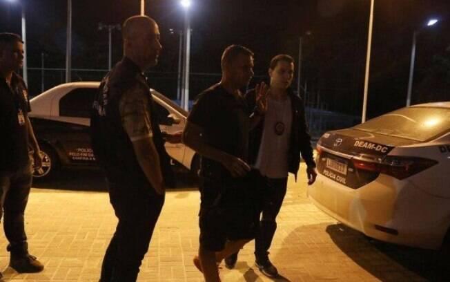 O policial militar Daniel Glendmann foi preso após torturar e manter a mulher em cárcere privado por duas semanas em Duque de Caxias