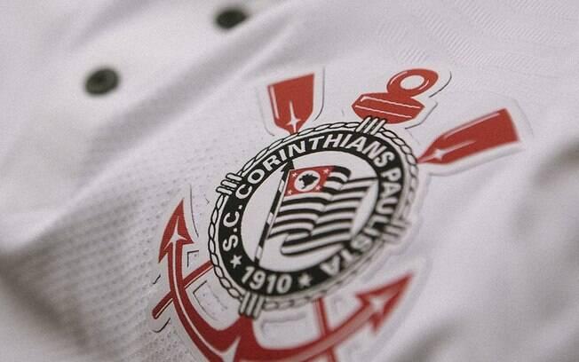 Corinthians lança nova camisa