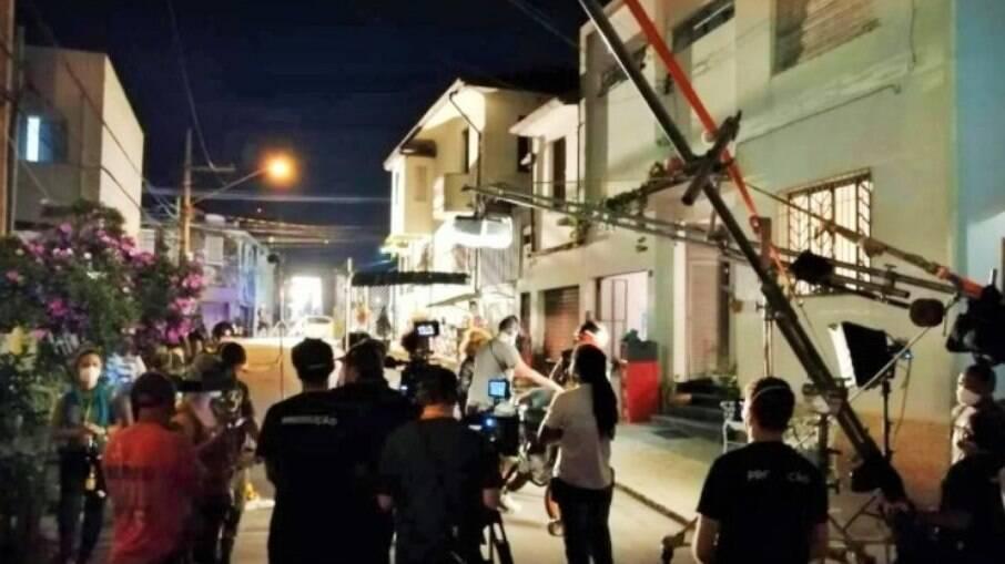 Vizinhos reclamam de set de filmagem de 'Barraco em Família' e chamam a polícia