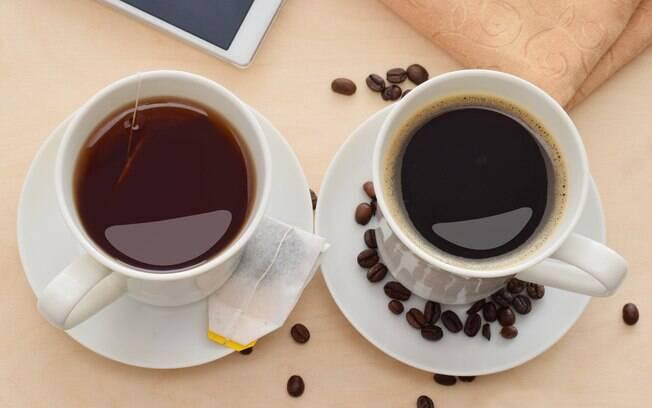 O café e o chá, para não prejudicarem a alimentação, devem ser adoçados com adoçantes, não açúcar