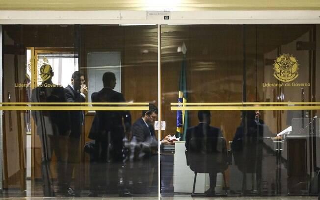 PF cumpre mandados em gabinetes do líder do governo Bolsonaro%2C Fernando Bezerra Coelho (MDB-PE)