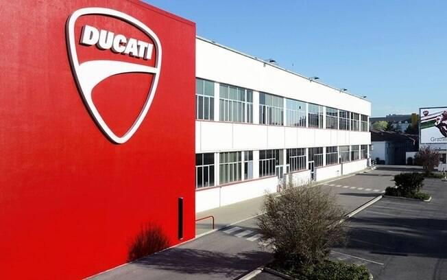 Fábrica da Ducati, na Itália, deixará de fabricar motos na tentativa de ajudar a conter o novo coronavírus que se espalha pelo mundo