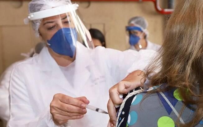 Saúde faz ação de vacinação contra Influenza hoje no Parque Industrial