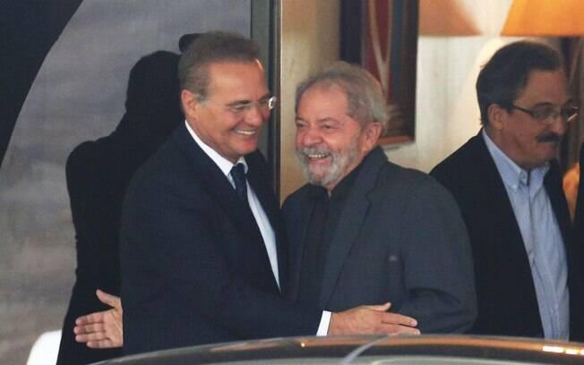 Renan Calheiros, recebeu o ex-presidente Lula em sua residência oficial, em Brasília