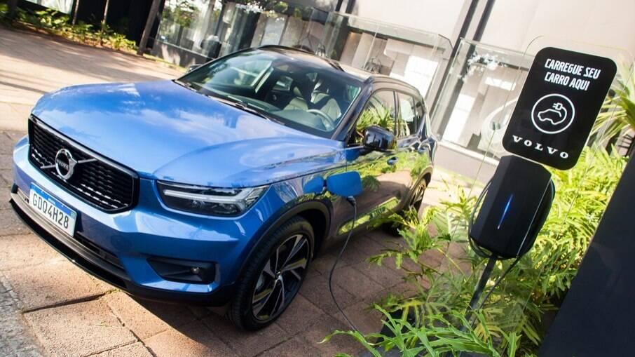 Novas estações de recarga serão instaladas até o final de março nas principais capitais do Brasil, diz a Volvo