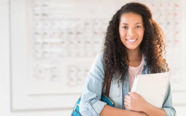 As instituições e os cursos ofertados podem ser consultados na página eletrônica do Fies Seleção