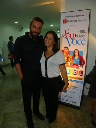 Rodrigo Lombardi confere estreia de 'Se eu fosse você' no Rio de Janeiro