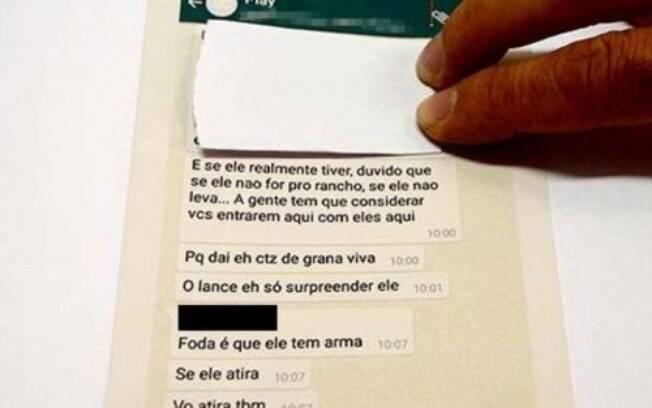 As mensagens trocadas no grupo feito para planejar o assalto ao pai