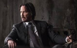"""1º trailer de """"John Wick 3"""" tem Keanu Reeves caçado por horda de mercenários"""
