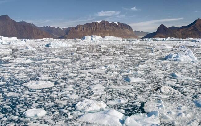 Boas notícias: apesar do calor global, a cobertura de gelo do Ártico é a maior desde 2001