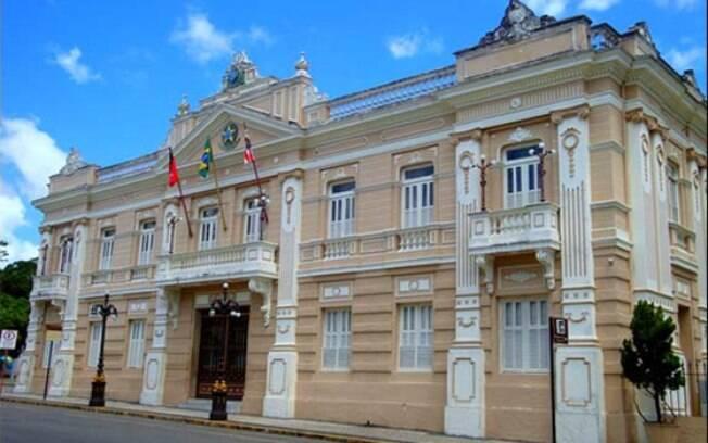 Lar e local de trabalho do governador da Paraíba, Palácio da Redenção receberá João Azevêdo (PSB) por quatro anos