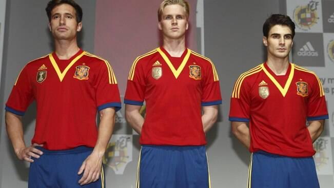 Brasil, Uruguai, Itália e Espanha já revelaram seus uniformes