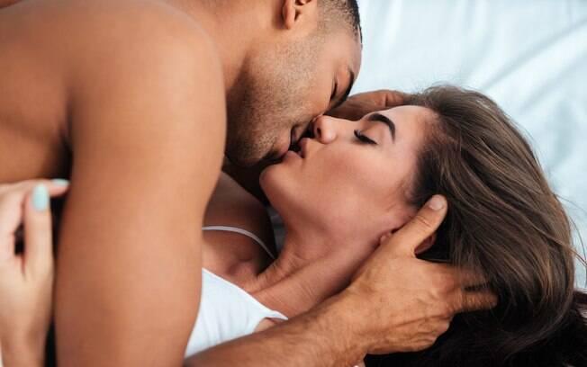 Uma das dicas para aumentar a duração do sexo é pedir para o parceiro ejacular uma ou duas horas antes da relação
