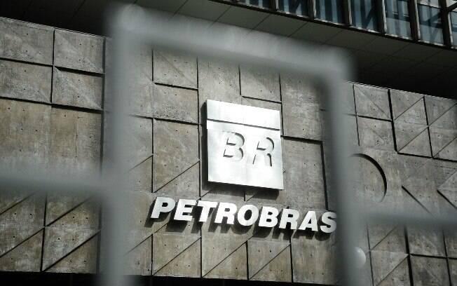 Novo plano de negócios da Petrobras leva em conta que o preço do petróleo deve subir gradualmente daqui para frente, de US$ 66 por barril em 2019 para US$ 75 em 2023; dólar, porém, deve ficar estável