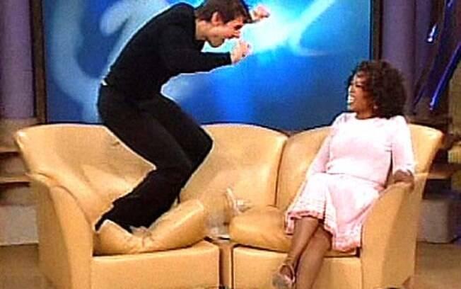 Em junho de 2005, Tom Cruise declarou seu amor a Katie Holmes de forma inusitada para Oprah Winfrey