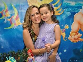 Andréa sempre quis ter uma menina e realizou seu sonho com o nascimento de Laura
