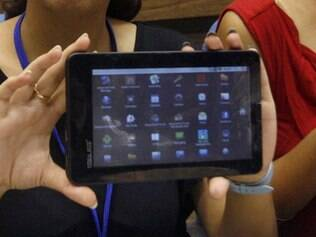 Aakash, tablet indiano que custa R$ 64