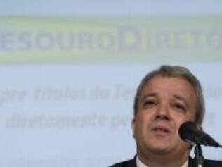 O Secretário do Tesouro, Marcelo Saintive, anuncia limitação de gastos de órgãos públicos até abril