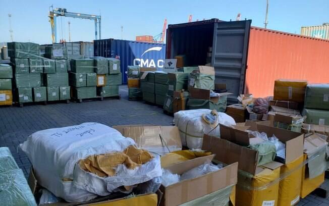 A mercadoria estava em uma carga de passagem pelo Porto de Santos