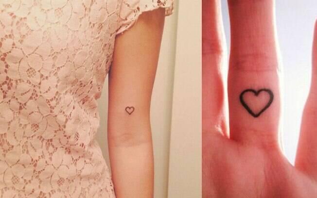Os corações são um tipo clássico de tatuagens pequenas