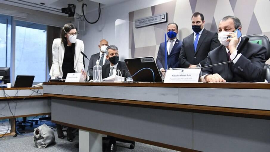 Presidente da CPI, Omar Aziz decretou a prisão de Roberto Dias durante depoimento à Comissão